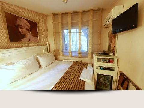 ETERNO HOTEL1731