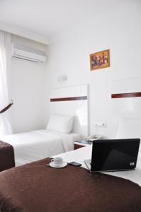 Atalla Hotel1850