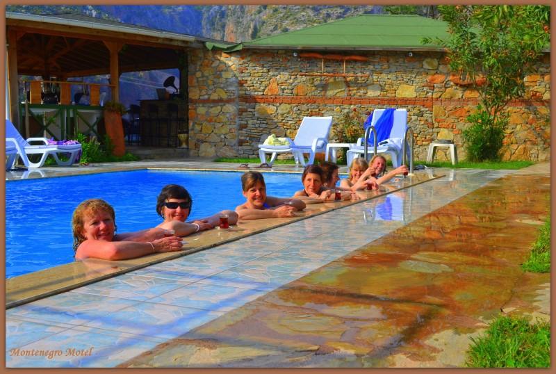 Montenegro Motel2535
