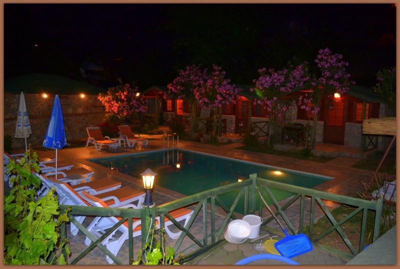 Montenegro Motel2543