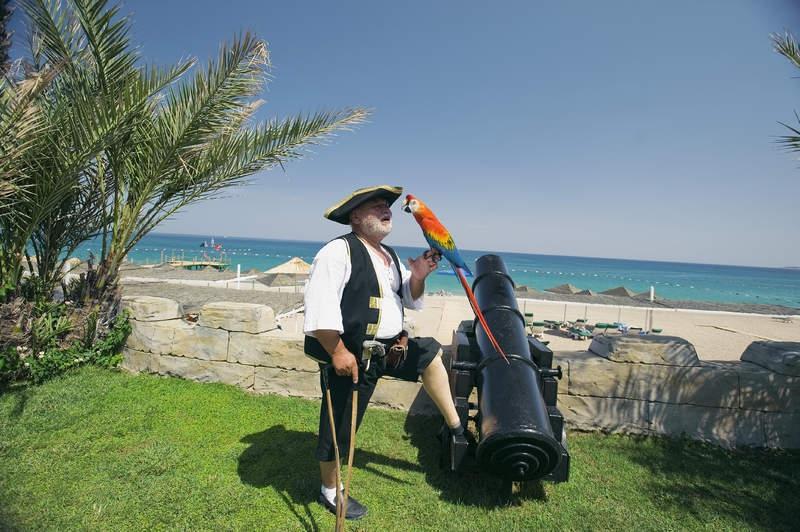 Pirates Beach Club2653