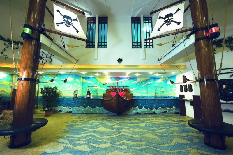 Pirates Beach Club2667