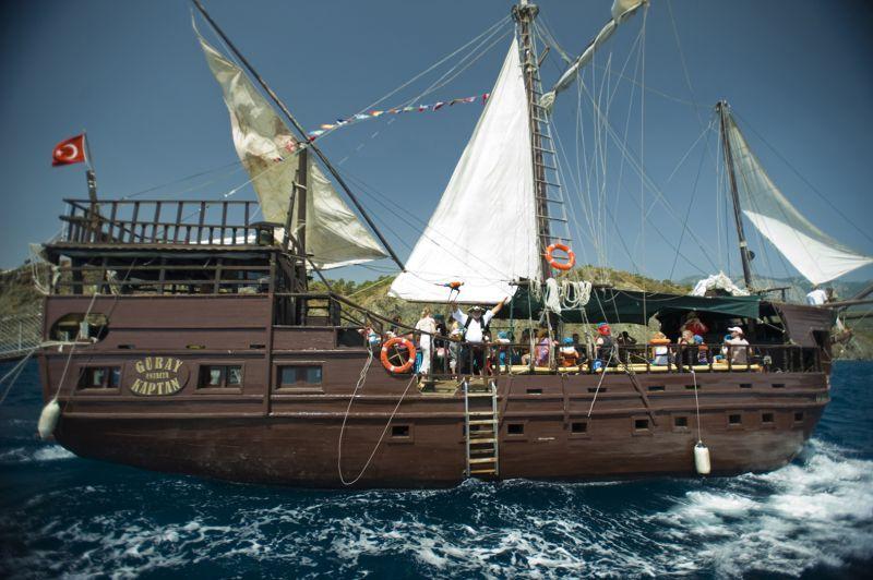 Pirates Beach Club2668
