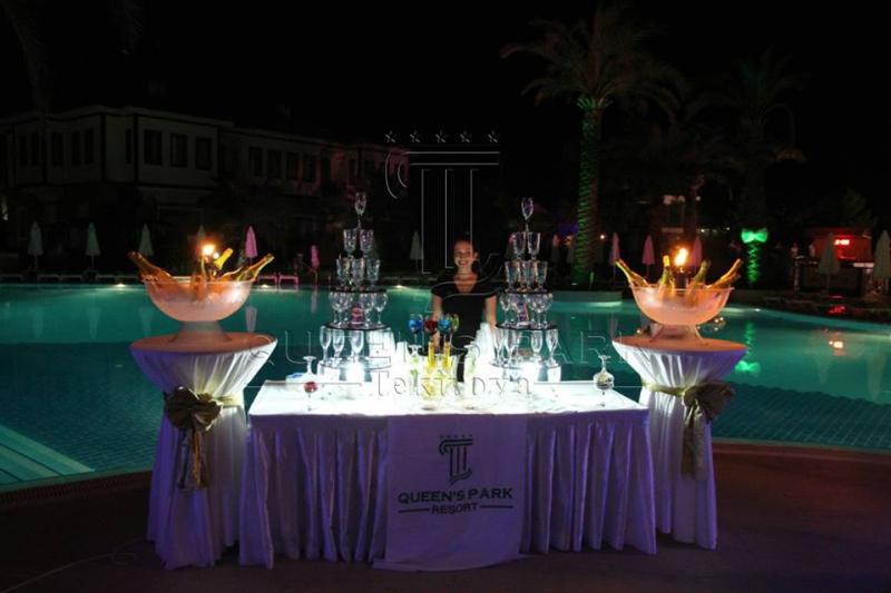 Queen's Park Resort Hotel2677