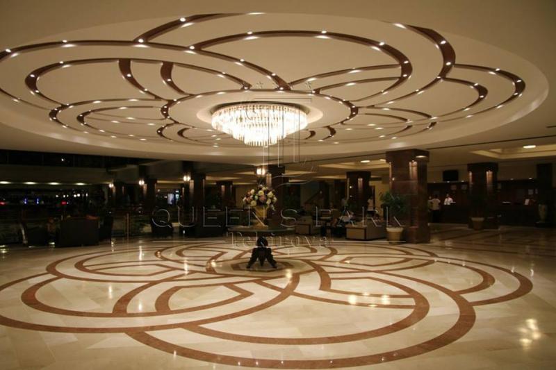 Queen's Park Resort Hotel2688
