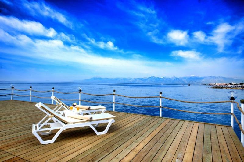 Ramada Resort Lara2976