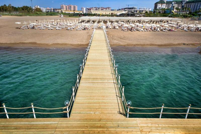 Ramada Resort Lara2978