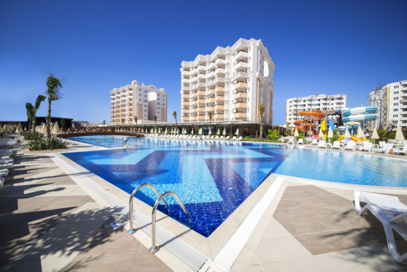 Ramada Resort Lara2990