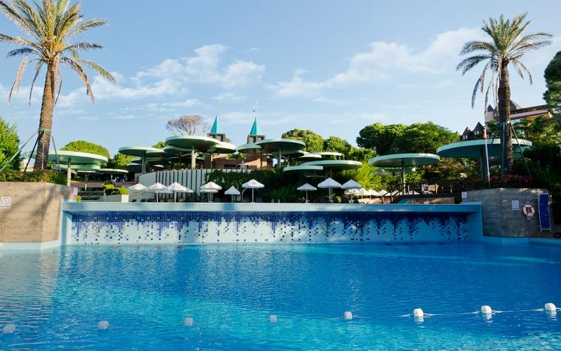 Gloria Verde Resort3065