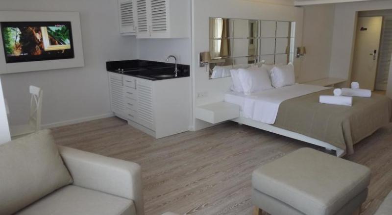 Alesta Yacht Hotel3220
