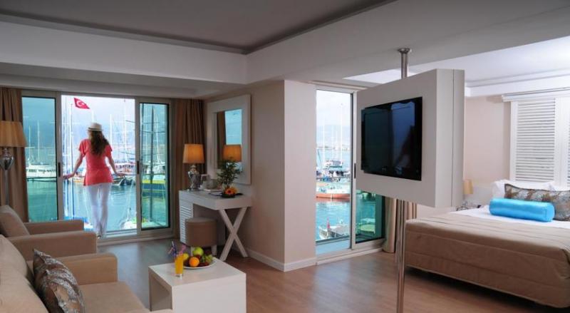 Alesta Yacht Hotel3221