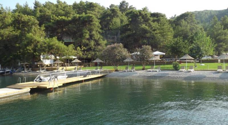 Alesta Yacht Hotel3222