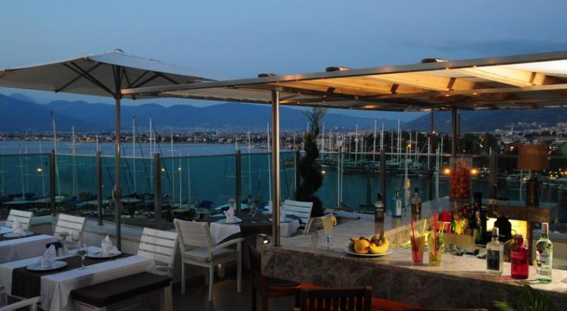 Alesta Yacht Hotel3224
