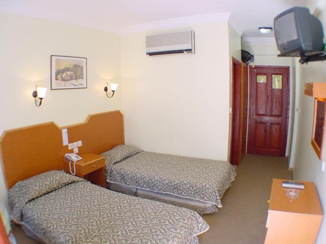 Belcehan Beach Hotel3420