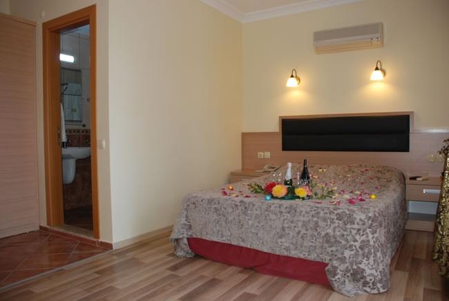Magic Tulip Hotel3441