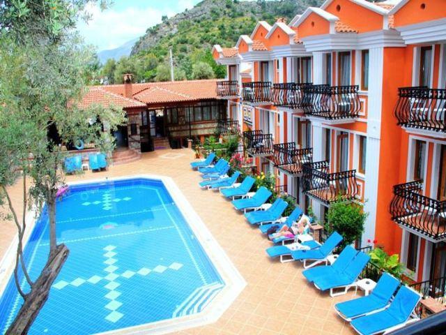 Magic Tulip Hotel3447