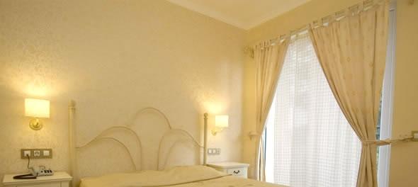 Pine Hill Hotel3949