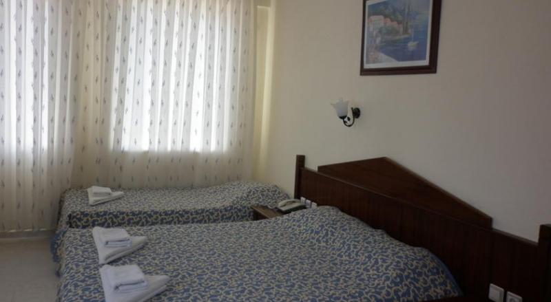 Özgür Hotel4789