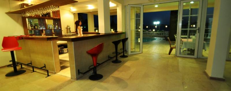 Ado Beach Hotel5679