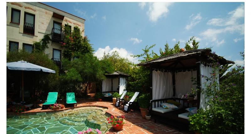 El Vino Hotel 5787
