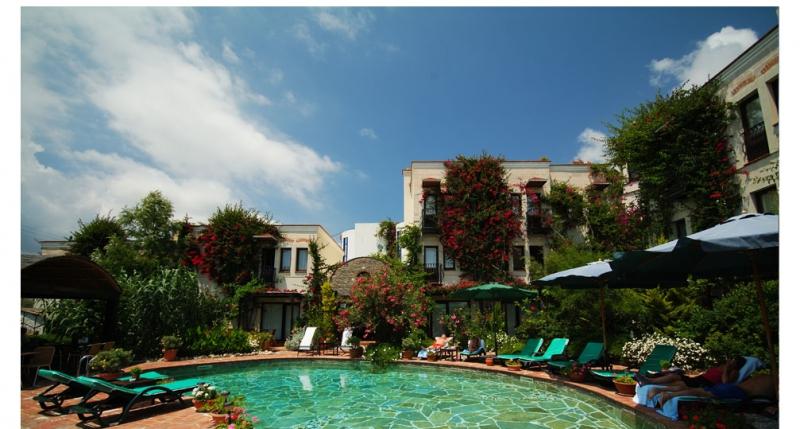 El Vino Hotel 5788