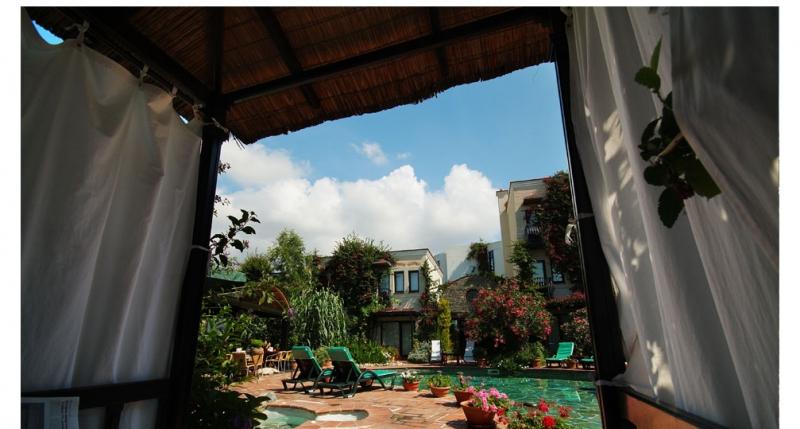 El Vino Hotel 5789