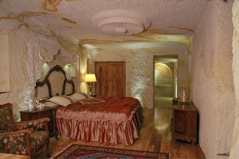 Golden Cave Suites5917