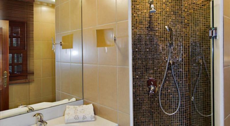 Kaucuk Hotel6523