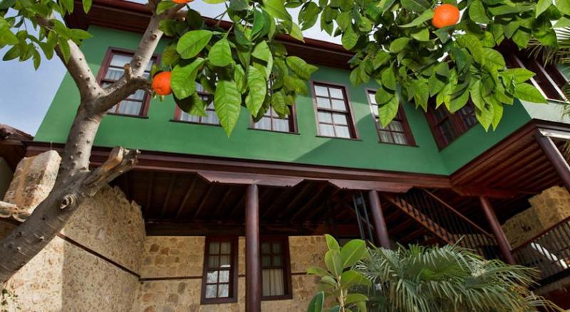 Kaucuk Hotel6525