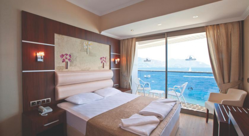 Malibu Beach Hotel6996