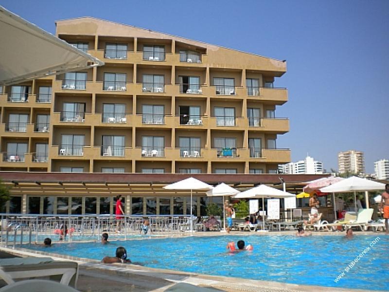 Club Hotel Falcon7393