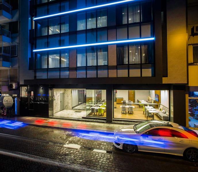 Zeniva Hotel8172