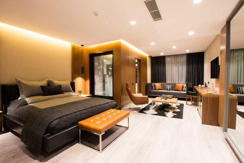 Zeniva Hotel8175