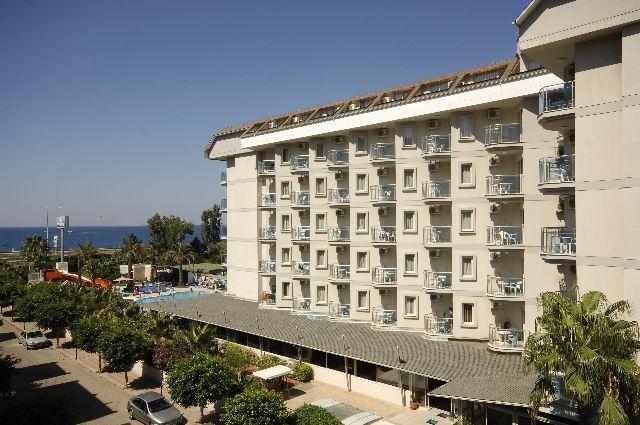 White City Beach Hotel8306