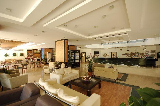 White City Beach Hotel8307