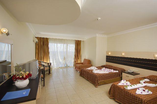 White City Beach Hotel8312