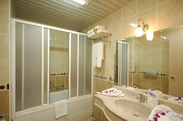 White City Beach Hotel8314