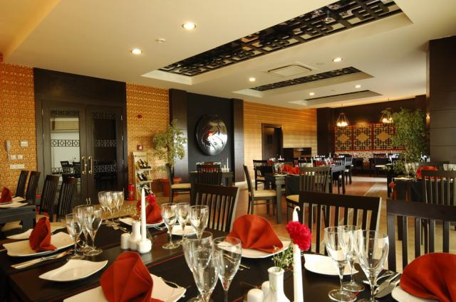 Sea World Resort & Spa8372