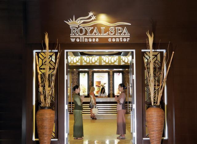 Sea World Resort & Spa8373