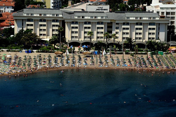Munamar Beach Hotel8382