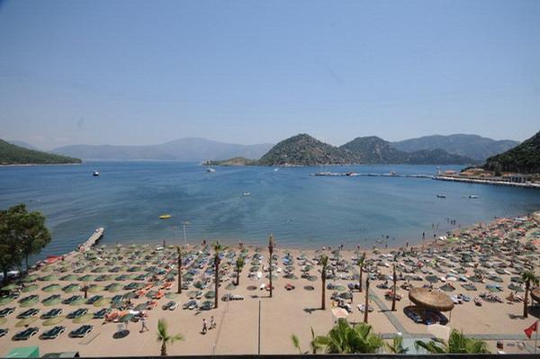 Munamar Beach Hotel8383