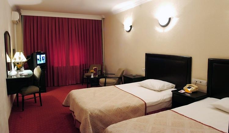 GÜR KENT HOTEL8604