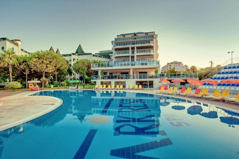 Park Resort & SPA8690
