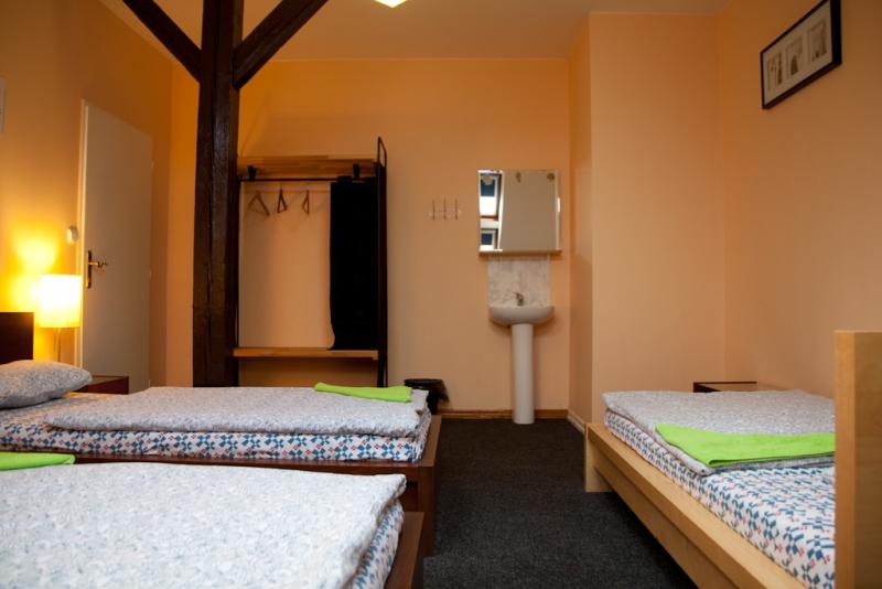 Sokolska Youth Hostel9304