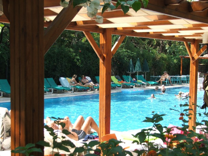 PERDIKIA BEACH HOTEL OLUDENIZ9343