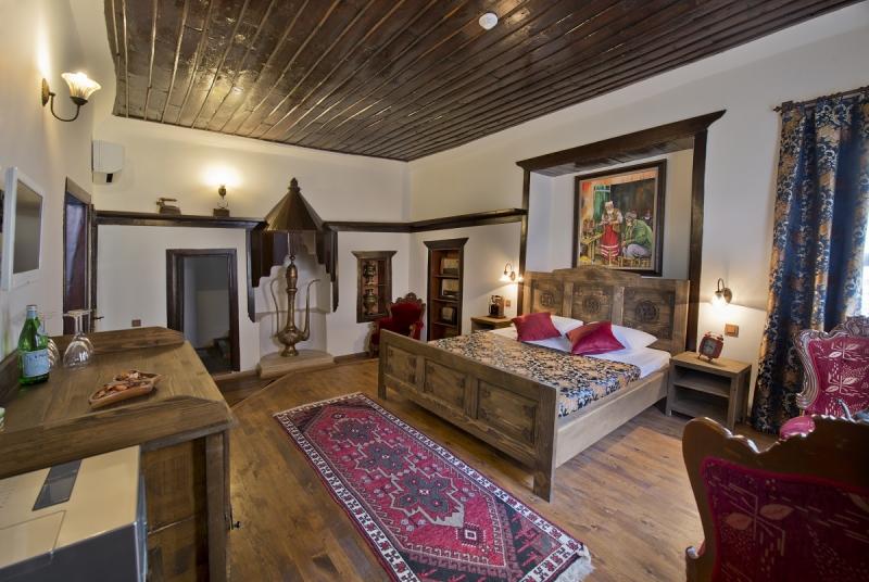 Agatha Lodge & More9907