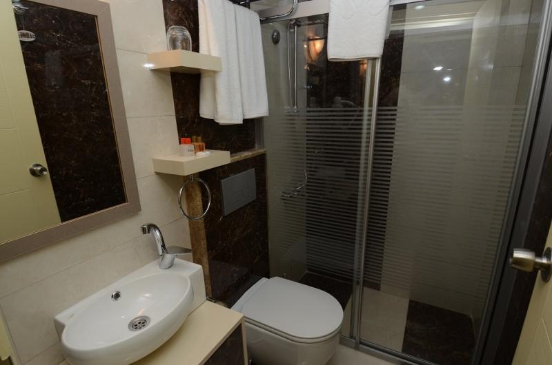 AYHAN HOTEL10976